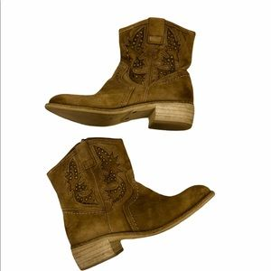 TAOS Pride Stone Washed Leather Bootie